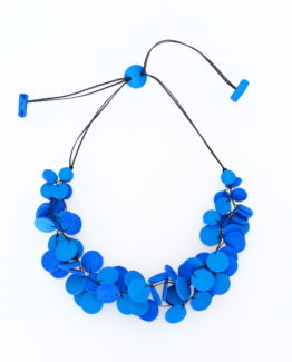 Collier Kazh by Annie B. collection Glycine en cuir de couleur bleu azur