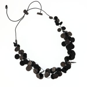 Collier Kazh by Annie B. collection Glycine en cuir de couleur noir et bronze